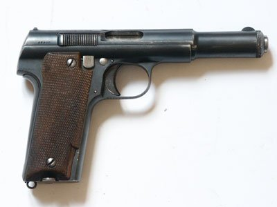 Pistolet Astra model 600/43