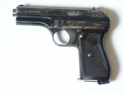 Pistolet CZ vz. 24