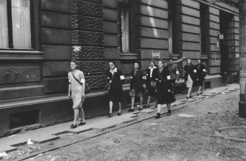 Powstanie Wojskowej Służby Kobiet