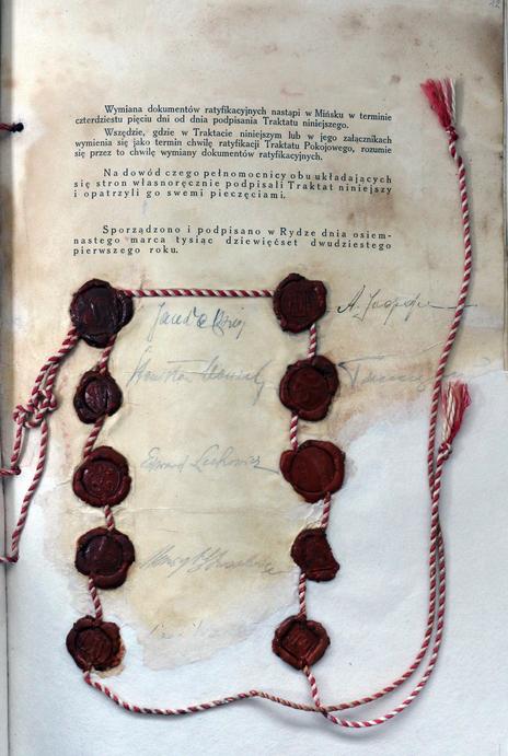 Podpisano traktat ryski