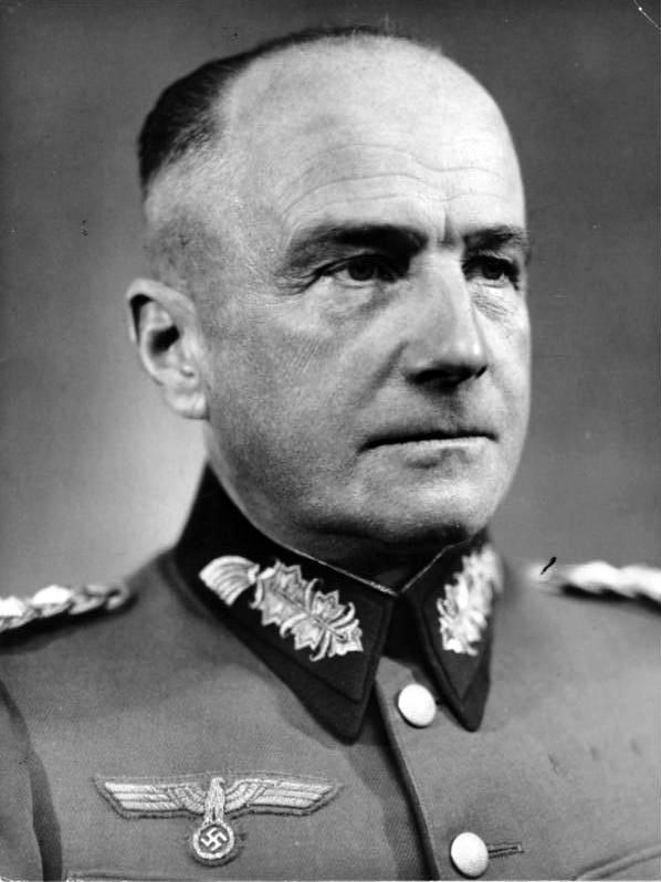 Hitler podpisał Fall Weiss