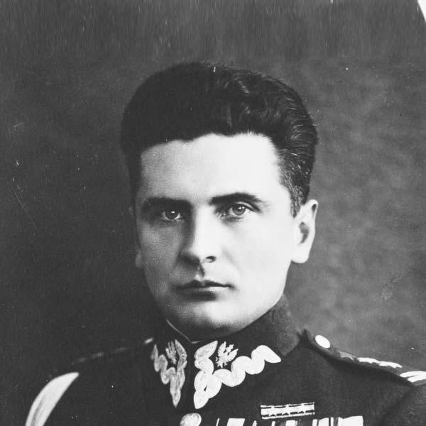 """Stefan """"Grot"""" Rowecki"""