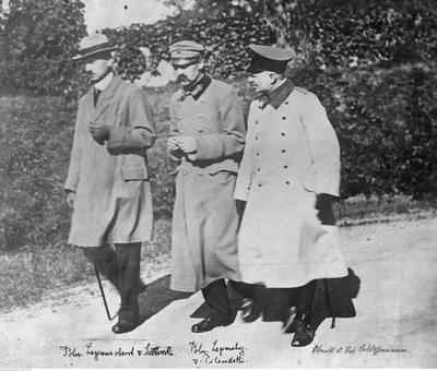 Z twierdzy  Magdeburskiej zwolniono Józefa Piłsudskiego i Kazimierza  Sosnkowskiego