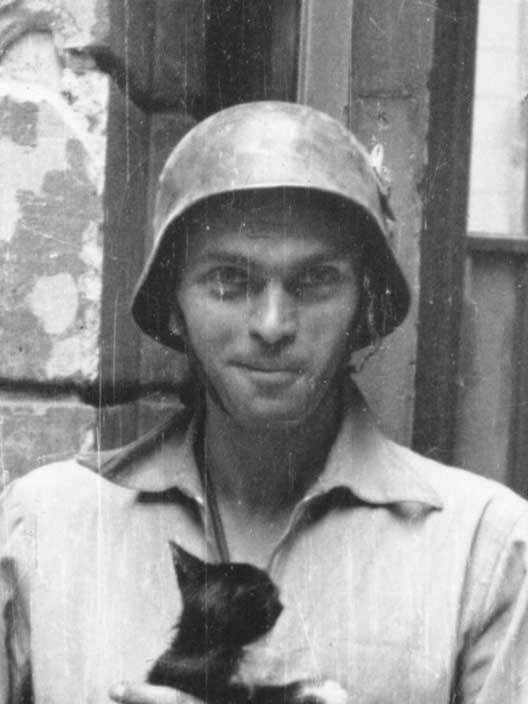 Urodził się Eugeniusz Lokajski ps. Brok.