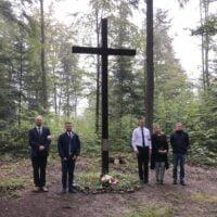 """Upamiętnienie tzw. """"mszy ostrzelanej"""" i pobytu I batalionu """"Barbara"""" 16 PP AK w Paśmie Brzanki"""