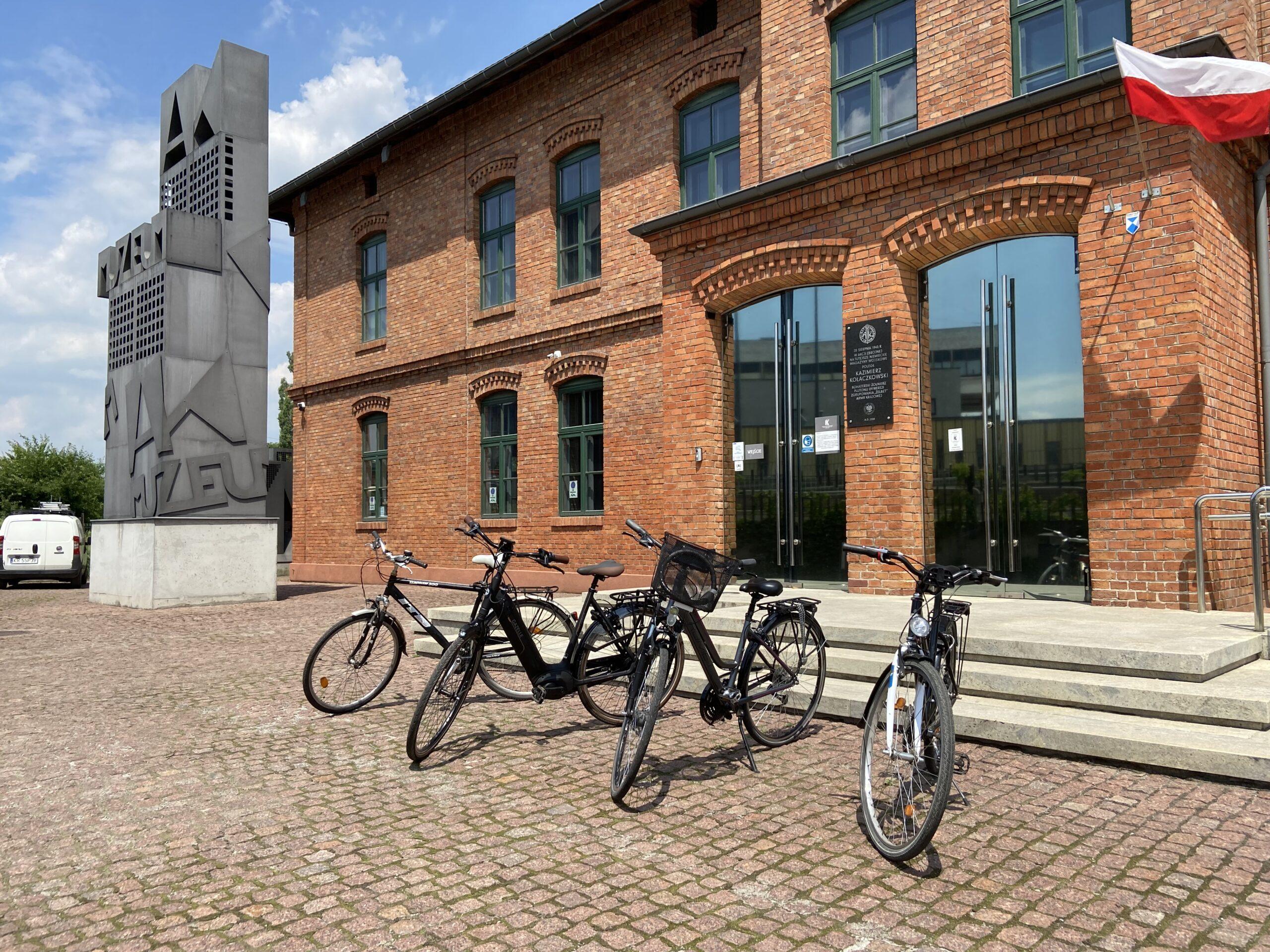 Przyjedź do Muzeum AK na rowerze i zgarnij nagrodę!