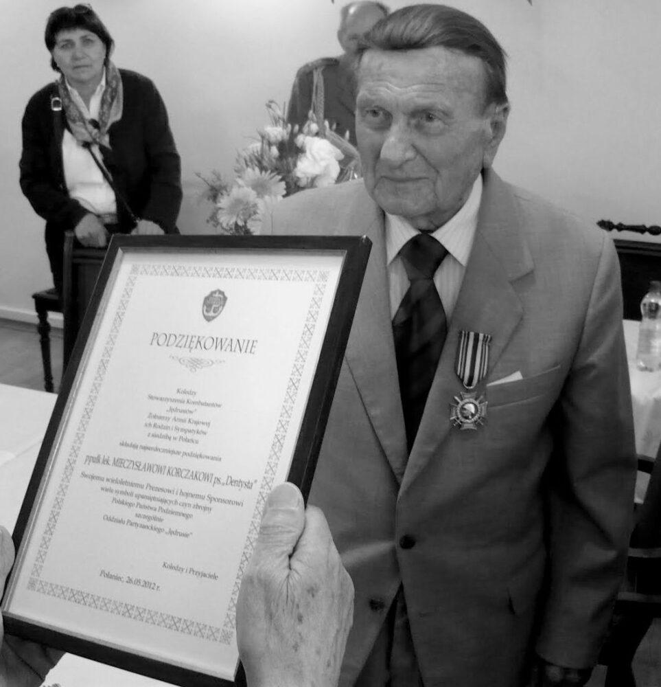 Ostatnie pożegnanie płk. Mieczysława Korczaka ps. Dentysta
